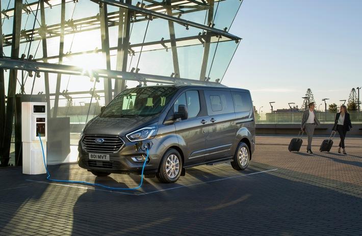 Ford präsentiert Tourneo Custom mit Plug-In-Hybrid-Antrieb