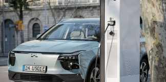 """""""Smartphone auf Rädern"""" - EURONICS bringt das erste Elektroauto in den Fachhandel"""