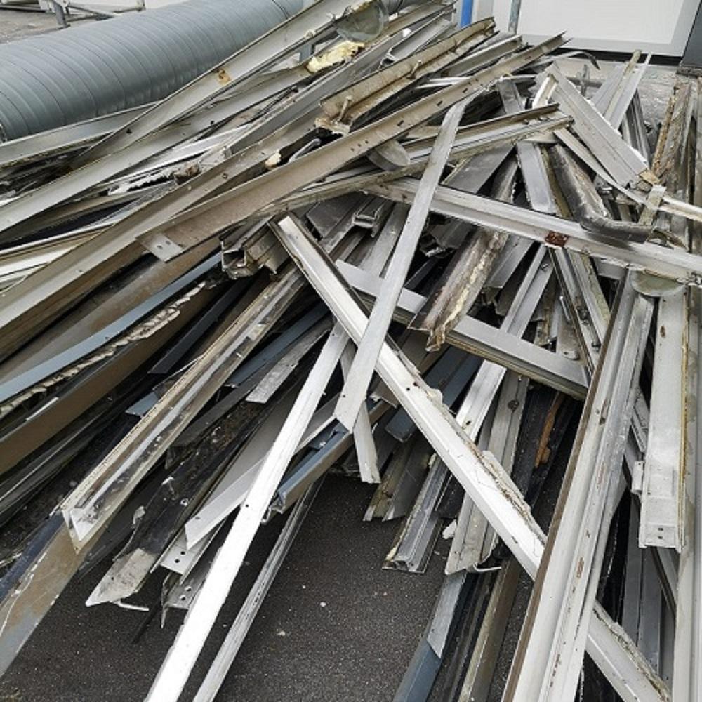 Die auf professionelles Recycling spezialisiert sind - Schrottabholung Lüdenscheid
