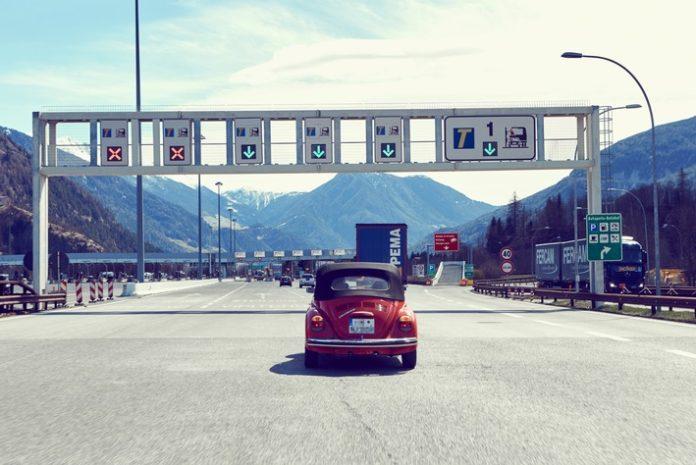 Viele Mautfallen auf italienischen Autobahnen / ADAC: Bei Fehlverhalten drohen hohe Inkassokosten