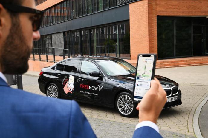 FREE NOW zählt 10.000sten Fahrer in Berlin