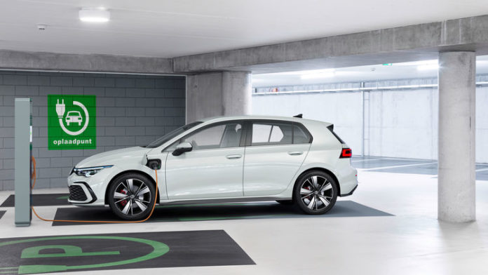 Verkauf des Golf eHybrid und Golf GTE startet