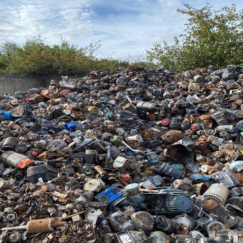 Schrottabholung In Neuss Den Schrott An Recycling-Anlagen Verkauft