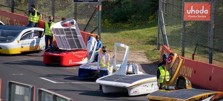 Mit Solarstrom-Antrieb quer durch Australien