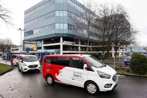 Ford übergibt Fahrzeuge an Kölner Dreigestirn