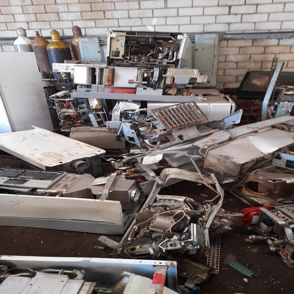 Schrottabholung Bochum - Wir holen auch größere Eisen-Teile ab