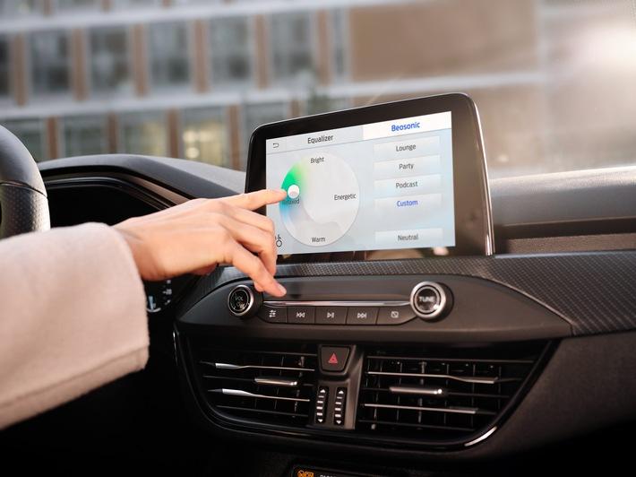 Ford und B&O Beosonic(TM) bieten perfekten Sound beim Autofahren dank intuitiv bedienbarer Touchscreen-Bedienoberfläche