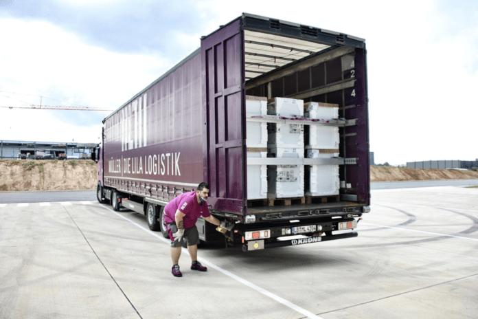 Hans Fischer Logistics und Müller – Die lila Logistik übernehmen Transporte für Spendenaktion von Bauknecht nach Hochwasserkatastrophe