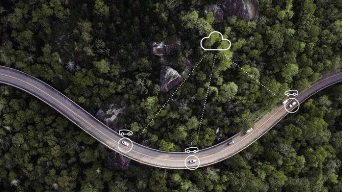 5G-vernetzte Fahrzeuge (Symbolbild) / Weiterer Text über ots und www.presseportal.de/nr/13502 / Die Verwendung dieses Bildes ist für redaktionelle Zwecke unter Beachtung ggf. genannter Nutzungsbedingungen honorarfrei. Veröffentlichung bitte mit Bildrechte-Hinweis.